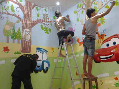 Vẽ tranh tường phòng bé nhà anh Văn - Định Thôn