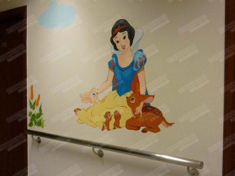 Vẽ tranh tường bệnh viện Vinmec ấn tượng nhất