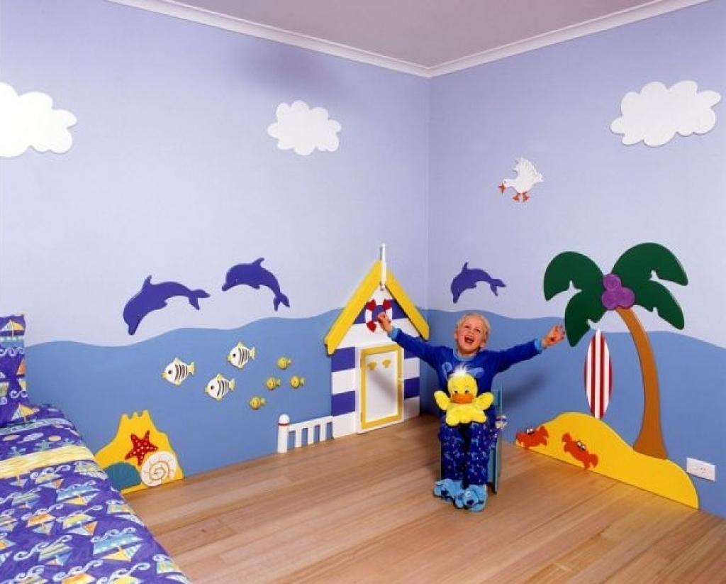 Vẽ tranh tường phòng ngủ bé gái đẹp